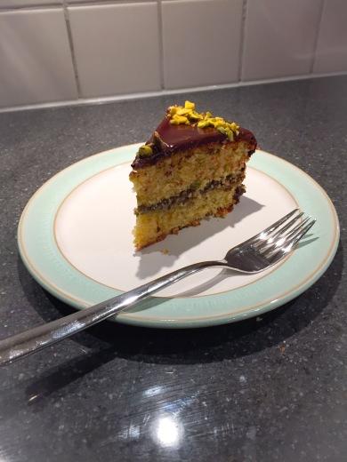 Pistachio and dark chocolate cake